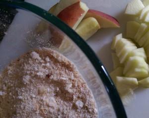 apple, breadcrumbs