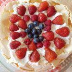 strawberry-blueberry-pavlova